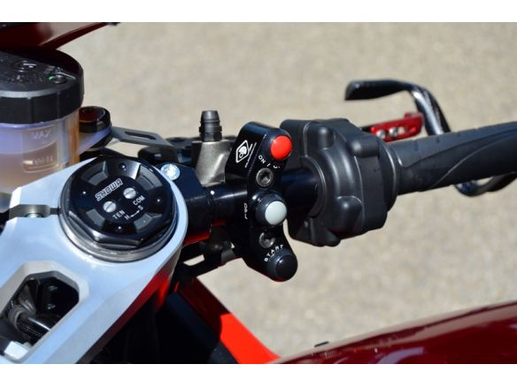 CPPI07  BRACKET BRAKE PUMP BREMBO RADIAL WITH BUTTONS INTEGRATED DUCABIKE DUCATI PANIGALE V4