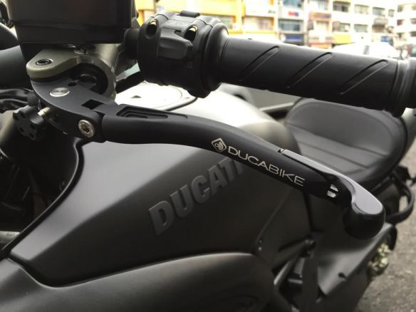 L02  BRAKE + CLUTH ADJ. LEVERS DUCABIKE DUCATI 749/999/848/1098/1198/M1100/MS4RS/DIAVEL/STREETFIGHTER
