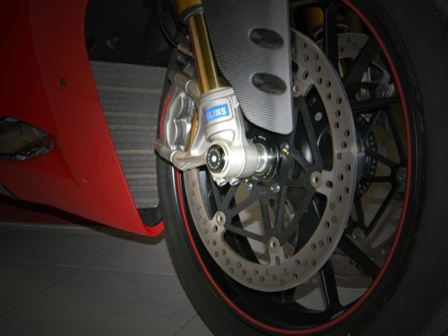 TRD01 RIGHT FRONT WHEEL CAP DUCABIKE DUCATI MONSTER 1100