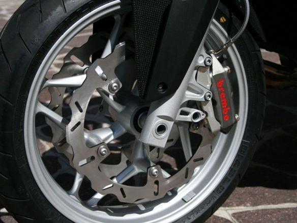 KIT TRASFORMAZIONE PINZE RADIALI BREMBO WRS BMW R 1200 R / S 2011-13