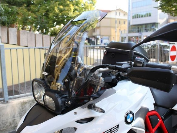KIT CUPOLINO TOURING WRS TRASPARENTE + STAFFE BMW F 700 GS 2011-2017